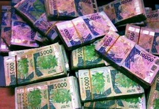 vign_liasse-argent-billet-banque-zone-CFA